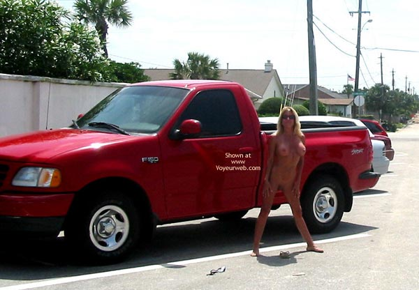 Pic #4 - Tia 2 in Daytona Beach, FL