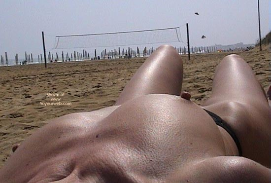 Pic #3 - Austrian Tits on Beach of Italy