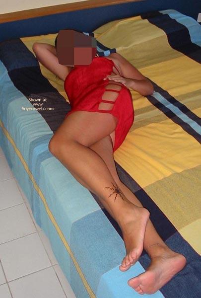 Pic #1 - Portuguese Body in Red