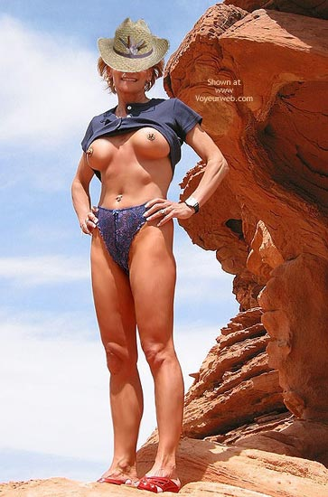 Pic #1 - Couples Get-Together: Erotic Fun at Valley of Fire