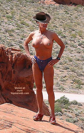 Pic #4 - Couples Get-Together: Erotic Fun at Valley of Fire