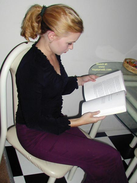 Pic #1 - Cynthia K Gets Her Read On