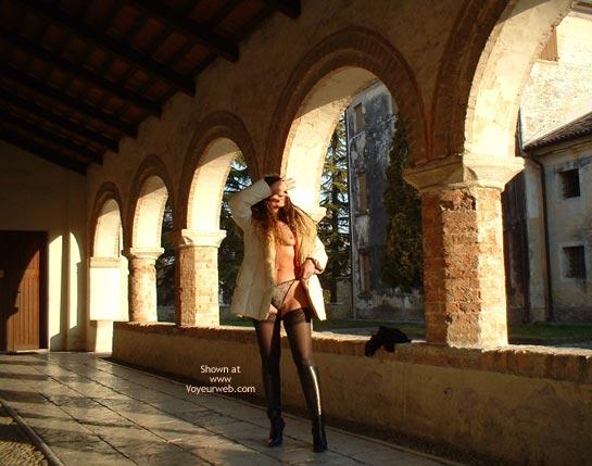 Pic #3 - Elena Arrivata!