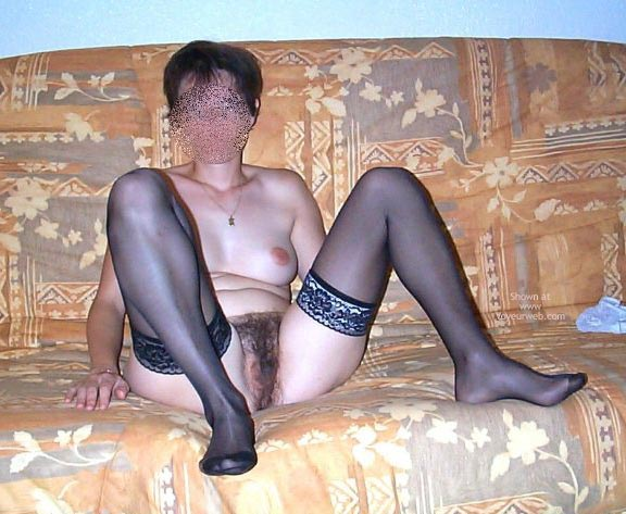 Pic #8 - My Wife 33yd Nude