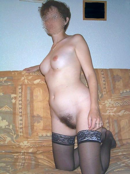 Pic #9 - My Wife 33yd Nude