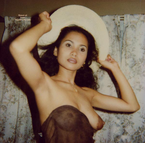 Pic #7 - Breasty SE Asian Wife
