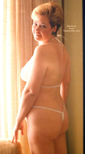 Pic #4 - The Wifes First Nude Shots