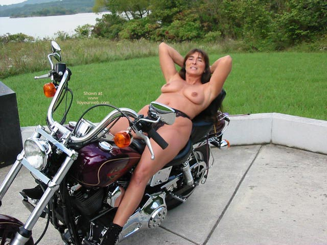 Pic #5 - Victoria Loves A Harley