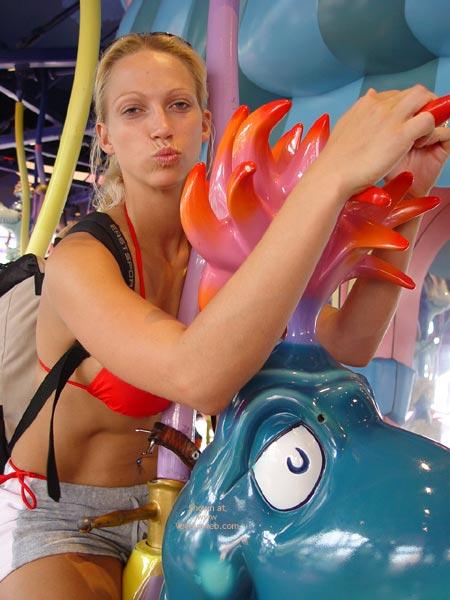 Pic #8 - Nicki Hunter Does Universal