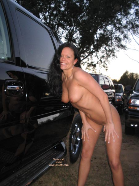 Pic #3 - *Pl J Foxxx Naked In A Parking Lot