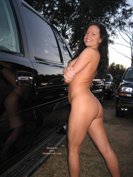 Pic #4 - *Pl J Foxxx Naked In A Parking Lot
