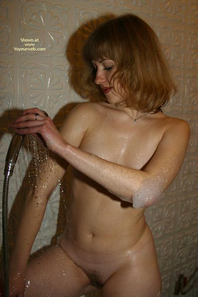 Pic #8 - 19 Y.O Take A Shower
