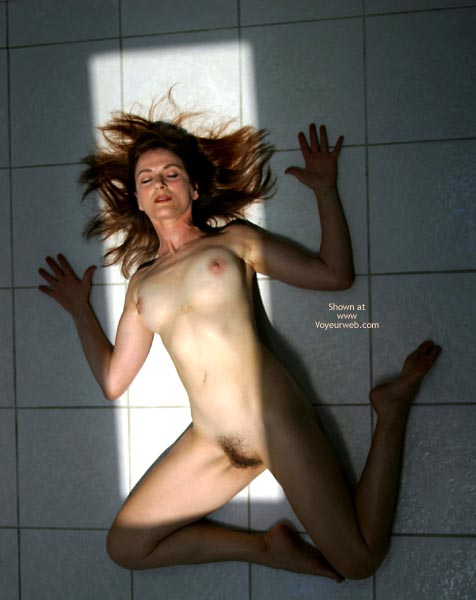 Pic #6 - Laila Naked On Tile