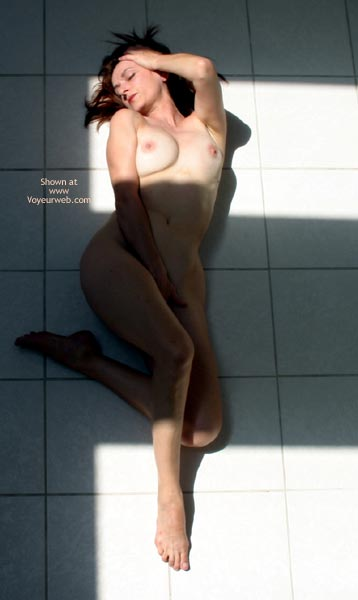 Pic #7 - Laila Naked On Tile
