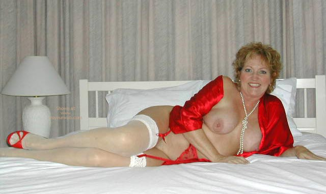 Pic #1 - Foxy Lady In Red