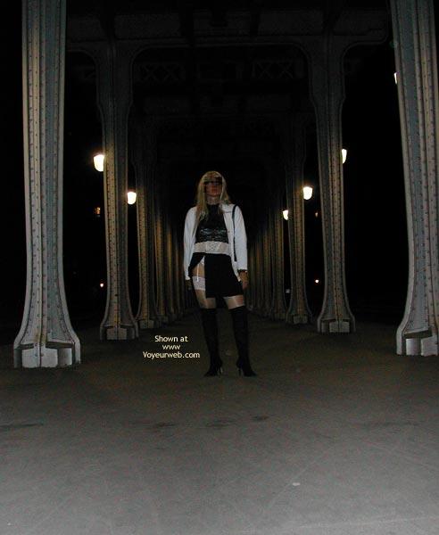 Pic #1 - Caroline - Paris France