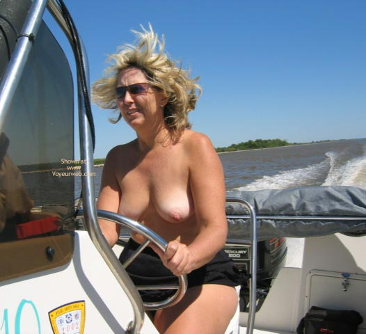 Pic #6 - Ms. CajunJoker on the water