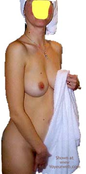Pic #3 - Uk Housewife After A Shower