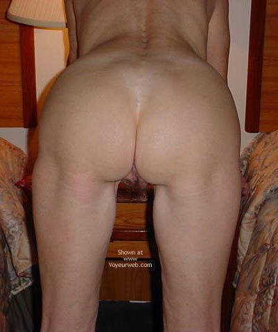 Pic #6 - Wife Shows All at The Hotel