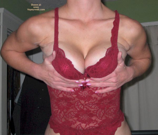 Pic #6 - Hot New MILF