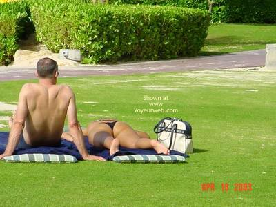 Pic #3 - Dubai Thong Babes
