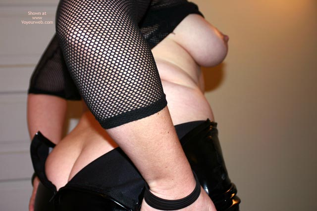 Pic #8 - Oh Wife Goes Clubbing 2