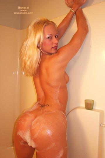 Pic #5 - Girlfriend in Shower