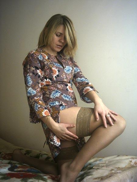 Pic #1 - Monika'S Striptease