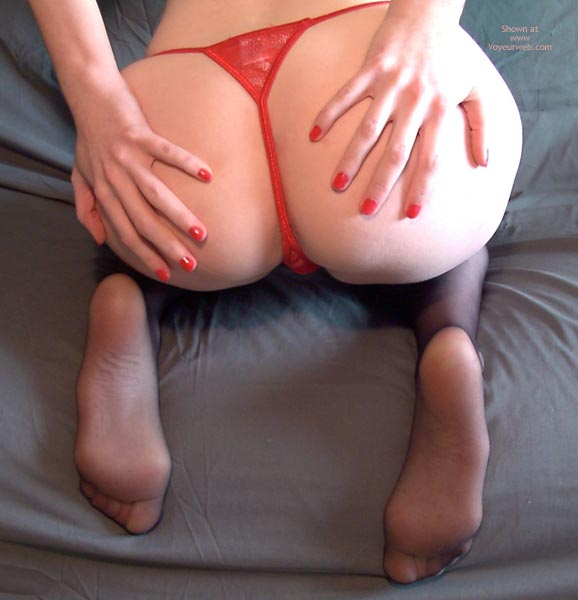 Pic #5 - Redhead Madison Body Parts 5 Legs And Feet