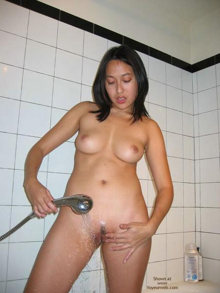 Pic #4 - Chinese Wife From H.K.