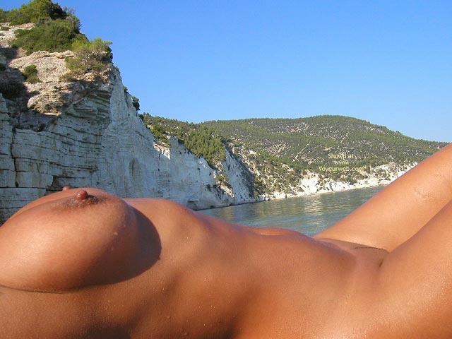Pic #3 - Vanessa My Wet Body