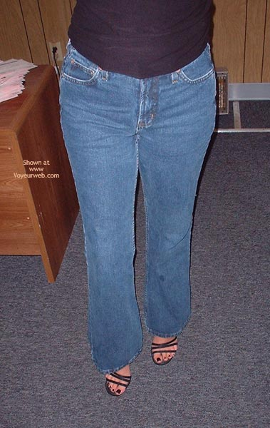Pic #3 - *JE Booty Girl in Those Jeans