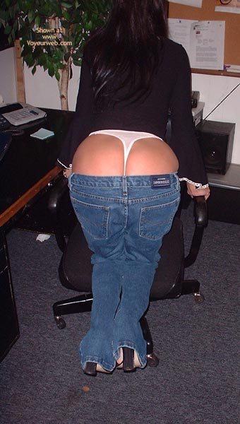 Pic #6 - *JE Booty Girl in Those Jeans