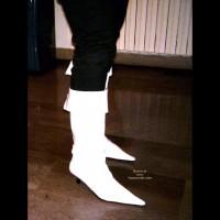 Danila Italy en White Boots