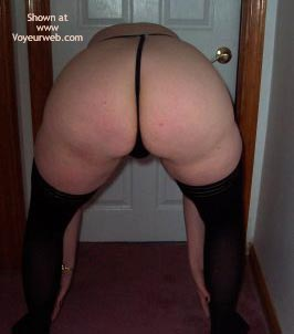 Pic #3 - 33 Wife Coming Out 3 - Ass Shots
