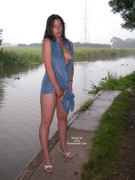 Pic #3 - The Sexy Ex Gets Wet