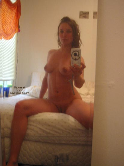 Woman self nude pic bathroom mirror
