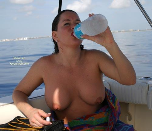 Pic #9 - Alicia - Boobs Sea and Sun