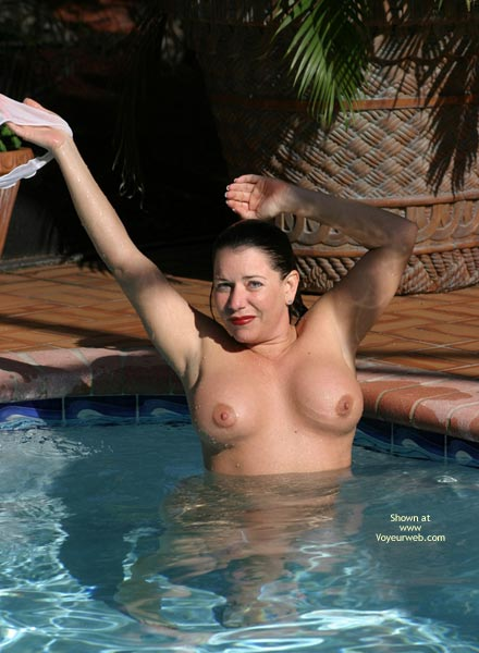 Pic #4 - Sunset With Alicia in The Pool