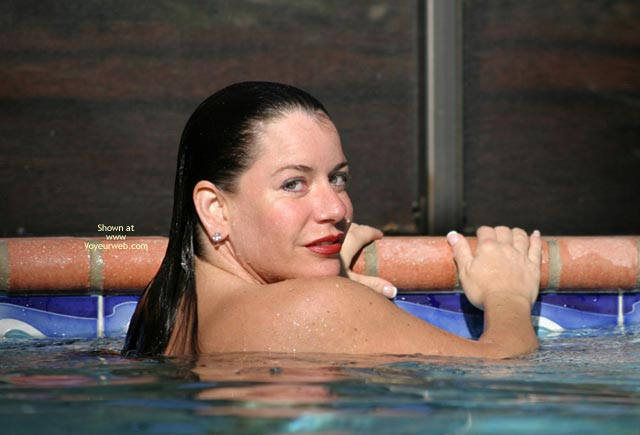 Pic #9 - Sunset With Alicia in The Pool