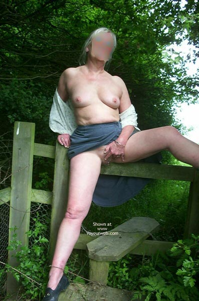 Pic #6 - Vivien in The English Countryside