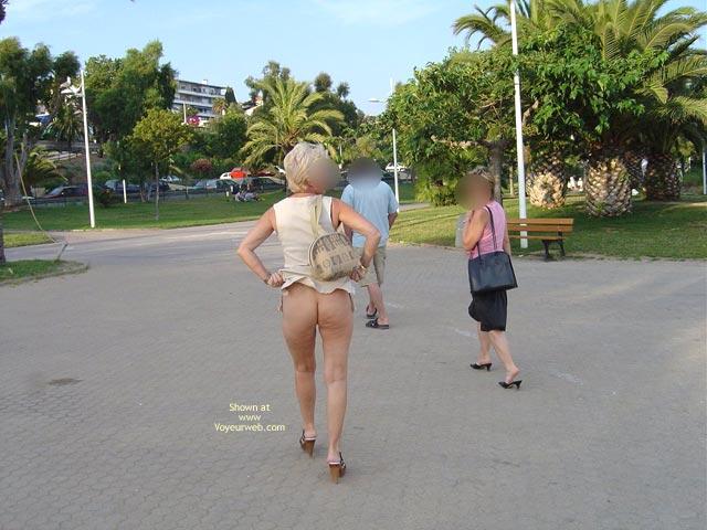 Pic #2 - My Pussy in Public, Mon Minou de Sortie