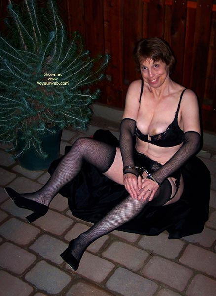 Pic #7 - *Ol Outside In Lingerie And Handcuffs