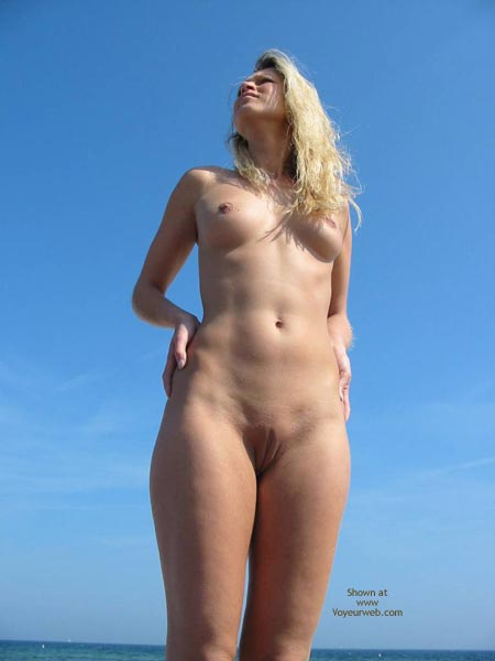 Have removed Nude pics of girls standing front view question