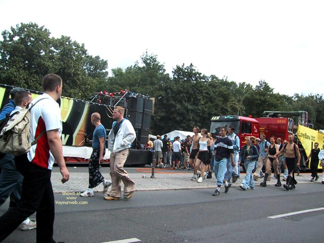 Pic #2 - Berlin Love Parade 2003