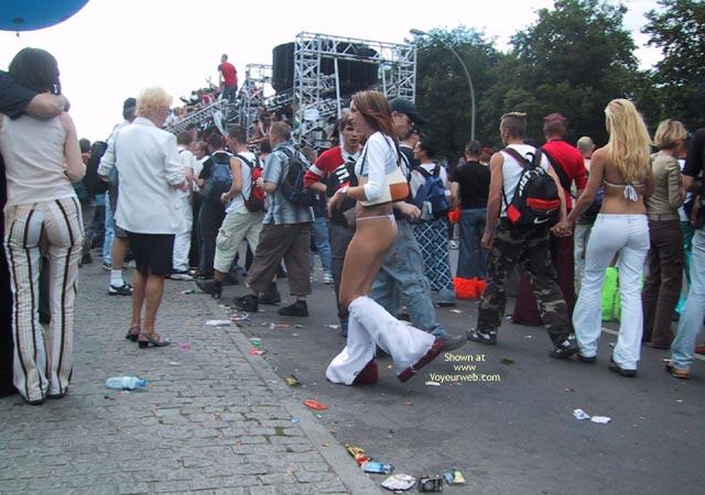 Pic #5 - Berlin Love Parade 2003