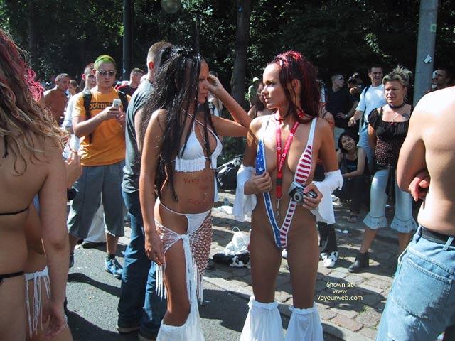 Pic #10 - Berlin Love Parade 2003