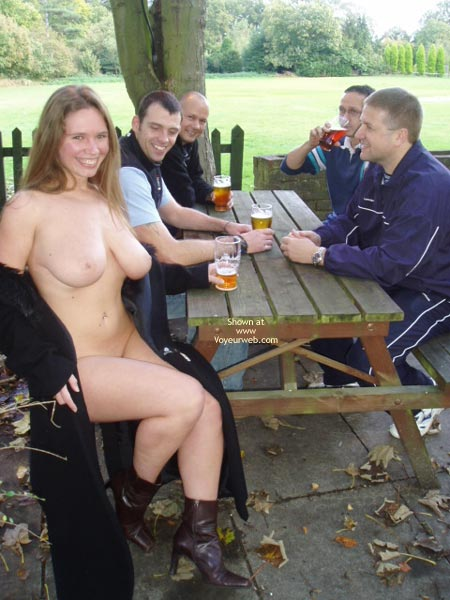 Pic #5 - *CO Busty Janey At The Pub!