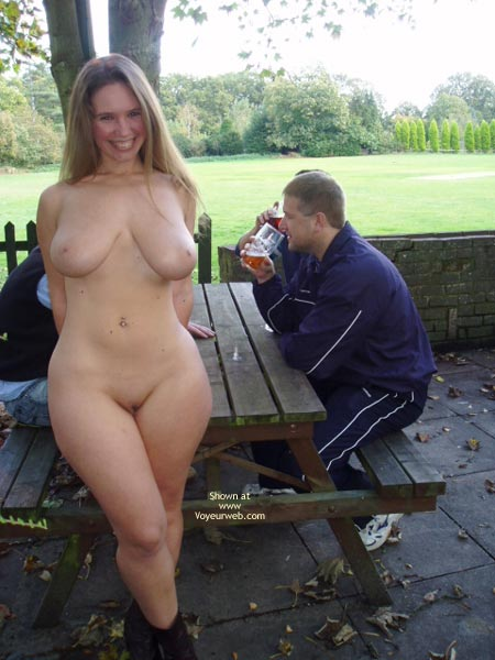 Pic #6 - *CO Busty Janey At The Pub!