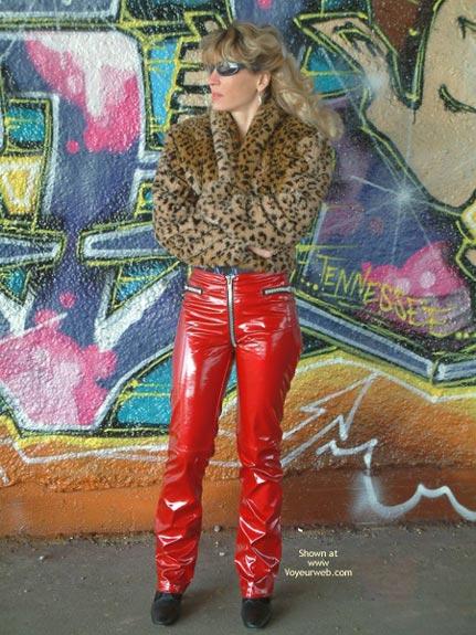 Pic #1 - Marina is Back, Graffiti Strip!